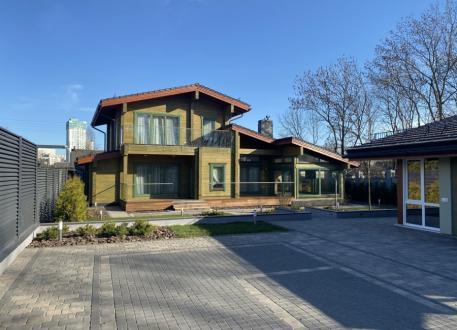 bis 100.000 € IT House