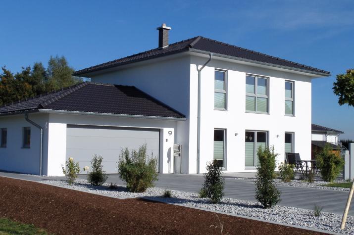Medio - Die Stadtvilla für kleine Grundstücke -