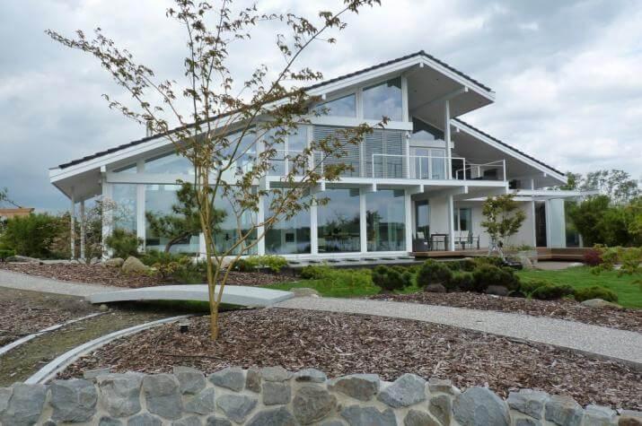Modernes Fachwerkhaus in Oldenburg - modernes Fachwerkhaus in weiß
