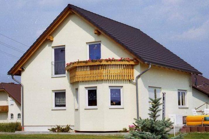 ...individuell geplant ! - Einfamilienhaus mit Erker und Balkon - www.jk-traumhaus.de - vorschau