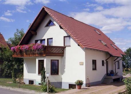 ...individuell geplant ! - Zweifamilienhaus, darf es ein Zimmer mehr sein. Viel Platz für zwei Familien - www.jk-traumhaus.de